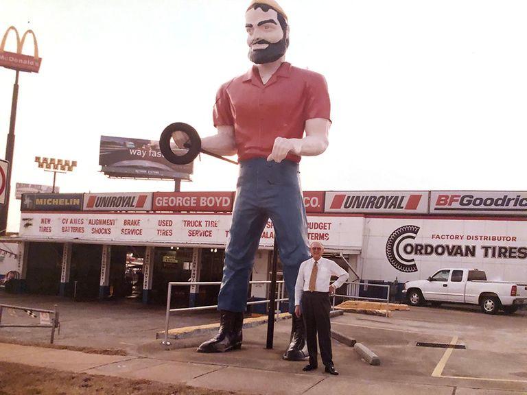 Former Ga. tire dealer George Boyd dies
