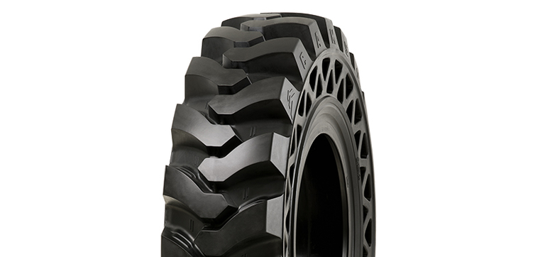 Camso debuts solid telehandler tire for rental industry