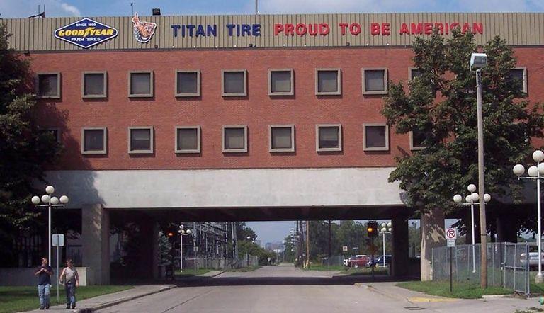 Titan to offer free COVID-19 vaccines at Iowa facility