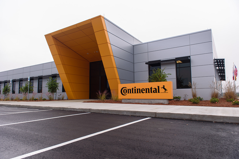 PHOTO GALLERY: Continental opens employee training center in Mississippi