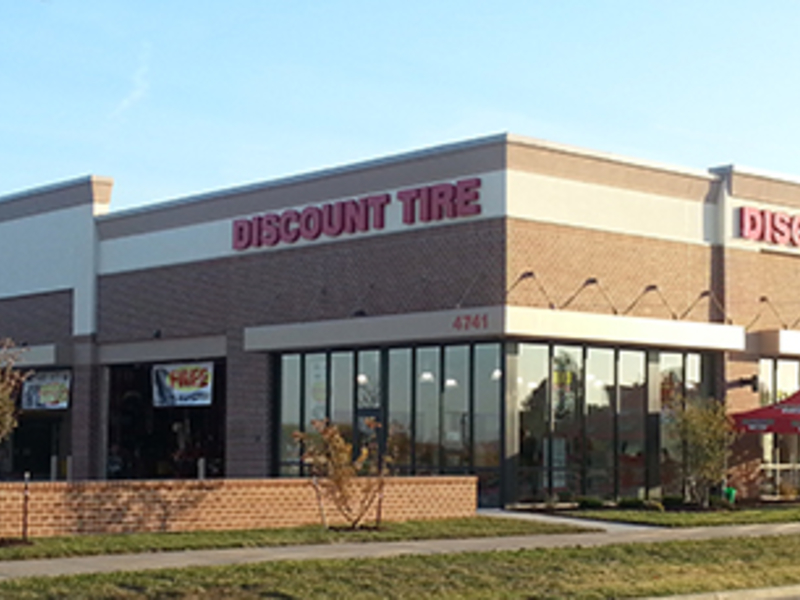 Discount Tire Store Hours >> Discount Tire Opens 1st Store In Kansas