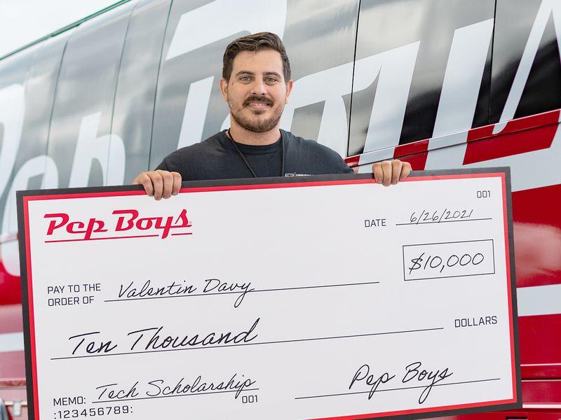 Pep Boys awards $100,000 in scholarships