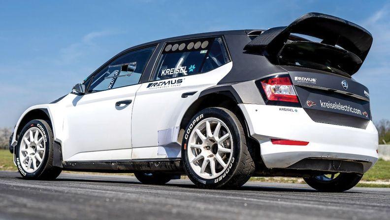 RX1e-RallyCross_i.jpg