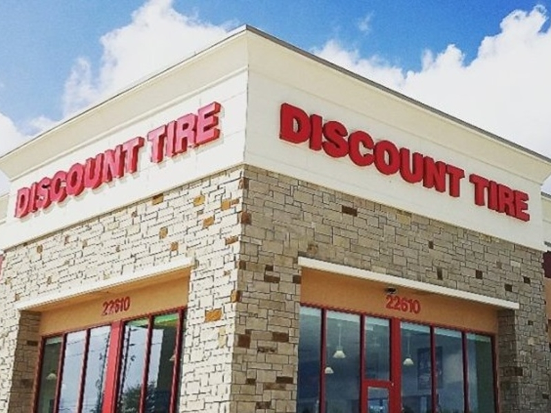 Discount Tire Utah >> Discount Tire Opens 7 Stores In July More In The Planning